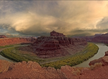 Bend in the Green River - Canyonlands