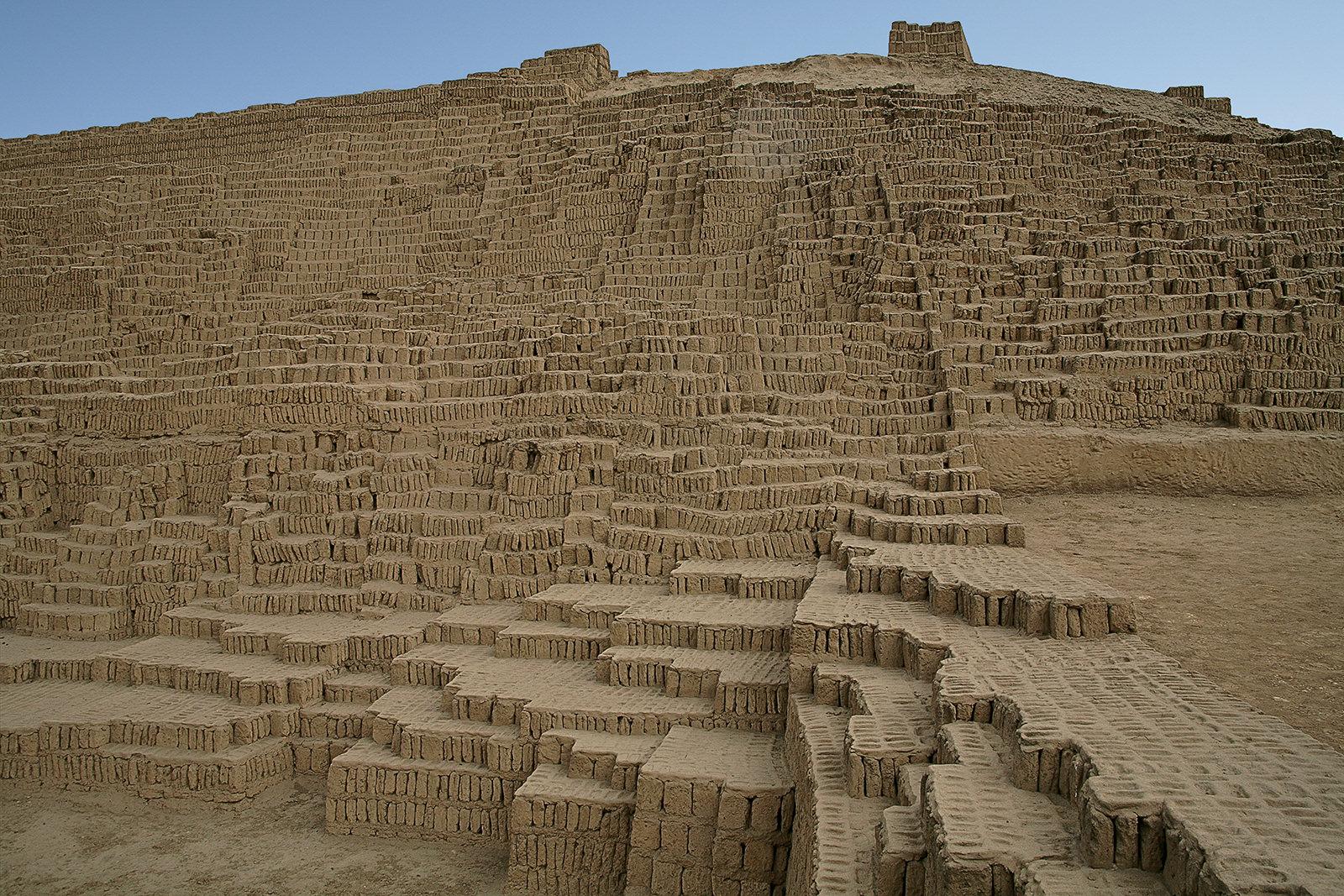 Pyramid Pucllana, Lima