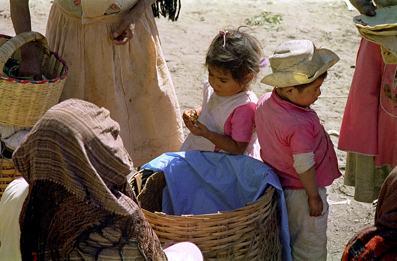Kids in the Zachila Market, Oaxaca